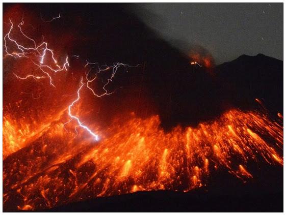 Erupção d vulcão Sakurajima no Japão, imagem meramente ilustrativa.