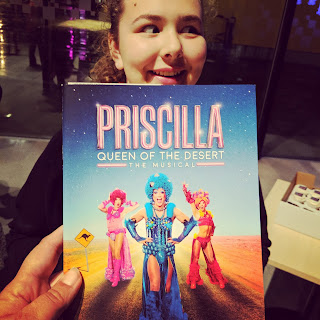 Top Ender excited and off to see Priscilla Queen of the Desert
