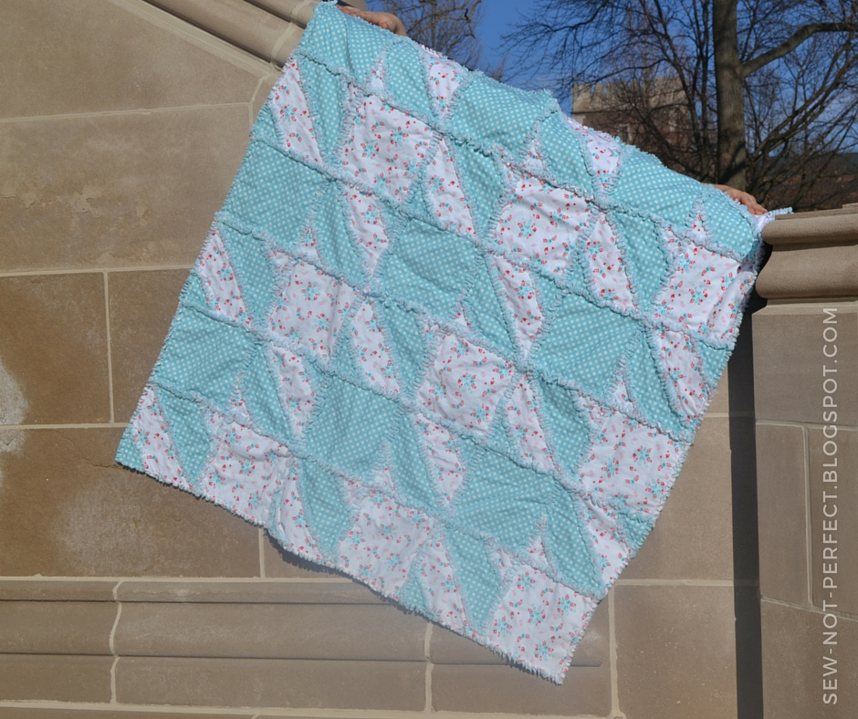 Houndstooth Rag Quilt Pattern from A Vision to Remember Sew Not Perfect