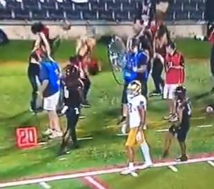 Louisville cheerleader hit in nose by Ian Book errant throw 9/2/2019