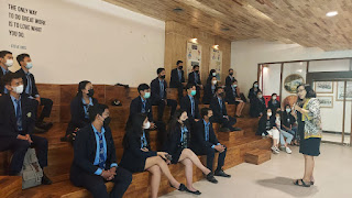 Santy Sastra Public Speaking - How To Be a great Negotiator - IPB International
