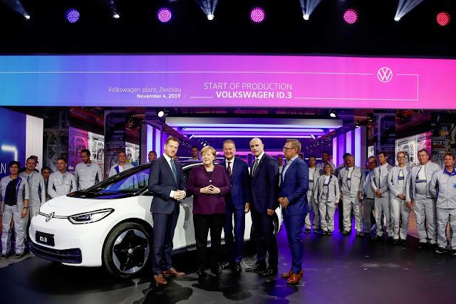 Volkswagen ID.3 - carro elétrico começa a ser produzido