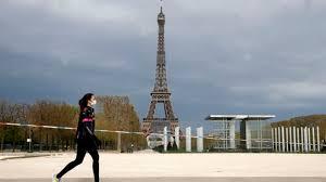 la France reconfine Paris et d'autres départements pour un mois
