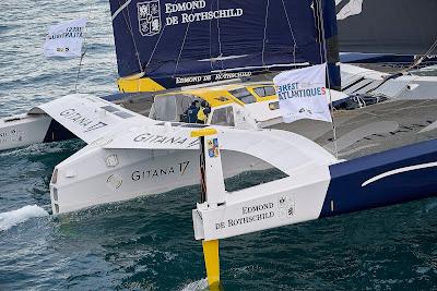 revivez la course de Franck Cammas et Charles Caudrelier