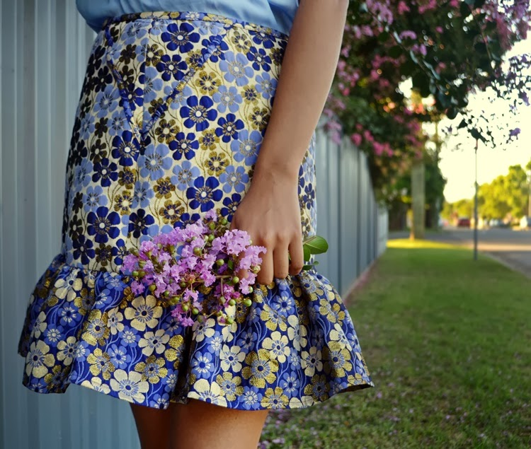 jacquard skirt, peplum skirt, floral skirt, blue, fashion blog