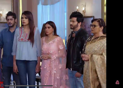 In the upcoming episodes of Kundali Bhagya, all of you will get to see the biggest good news for Karan and Preeta, Myra has gone out of the house but Myra will soon return to the house with all the planning, as well as you. Questions will be running in the minds of all the viewers, what will happen after Myra returns to the house and how will she trouble Karan and Preeta, so let's know and how will she take revenge on Sherlyn and Prithvi.  In the upcoming episode of Kundali Bhagya first of all you will get to see that Myra has been thrown out of the house but Myra is not going to calm down, she is going to enter the house once again with a complete backup plan and Myra will take care of all the families. Dil will be seen trying to win back once again and will be seen giving a befitting reply to Sherlyn and Prithvi Sherlyn and Prithvi's condition is going to be very bad.  All of you viewers will get to see that while Myra is going to make Sherlyn and Prithvi bad, she is also going to get Sherlyn and Prithvi out of the Luthra house where Rishabh and Karan will push them out.  This time Myra comes back then she has come back with a very strong plan as well as once again whatever proof she will prove that whatever Prithvi was saying was all a lie and at the same time about such a thing. How much I think and care so much and what you guys did to me, you will get to see all these things in the coming episodes.  But what will happen to Karan and Preeta Karan and Preeta will be happy in their life but this happiness will be for a moment as there is going to be a new entry in the coming episodes, this new entry is going to be a big hit!