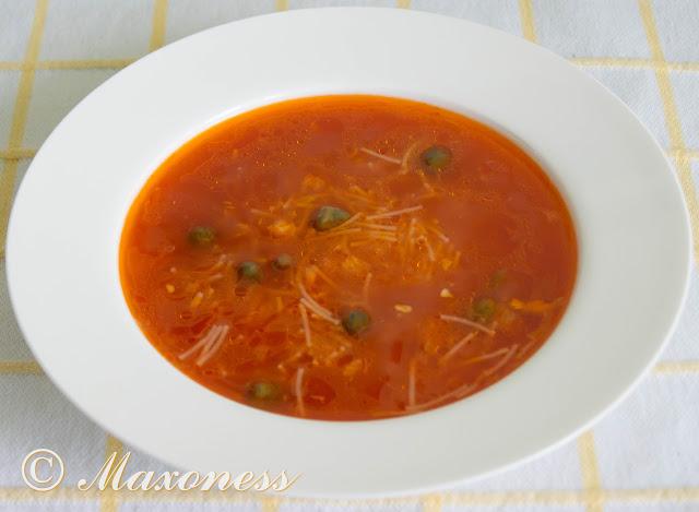 Суп томатный с вермишелью