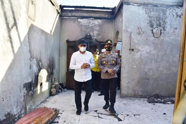 Edy Rahmayadi Tinjau Kebakaran Rumah di Langkat