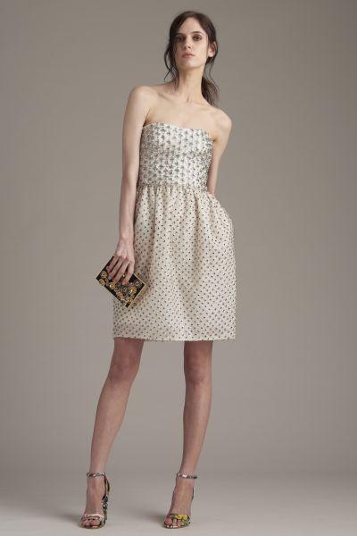 Vestidos corto a la moda