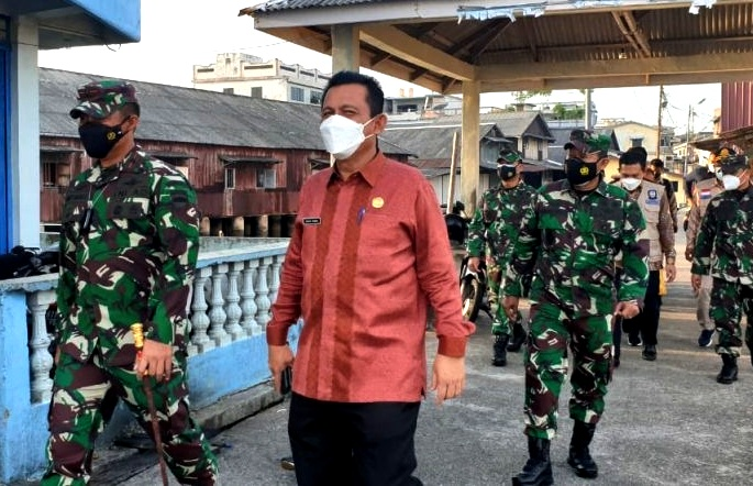 Pulih dari Covid-19, Gubernur Kepri Tinjau Vaksinasi Pelajar di Batam
