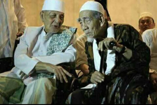 KH Sya'roni Ahmadi Kudus, Sang Juara Catur yang Tak Terkalahkan