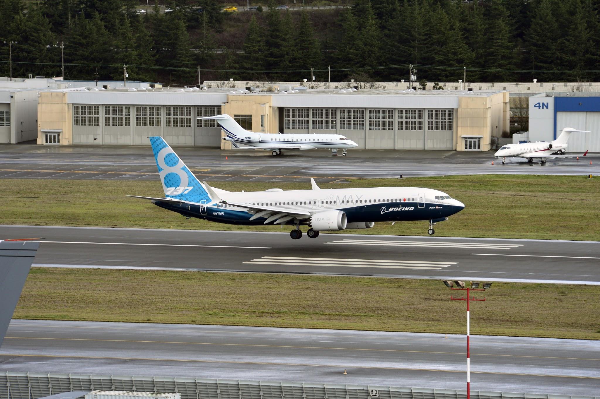 É MAIS QUE VOAR   Voou pela primeira vez o Boeing 737 MAX – Veja imagens!