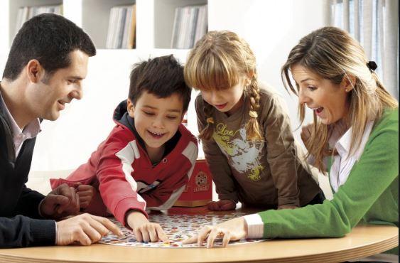 Los juegos de mesa: un pasatiempo familiar que vale la pena rescatar