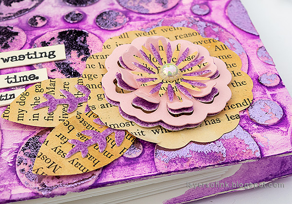 Layers of ink - Foiled Folio Tutorial by Anna-Karin Evaldsson.