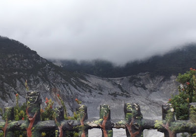 sejarah Gunung Tangkuban Perahu Bandung