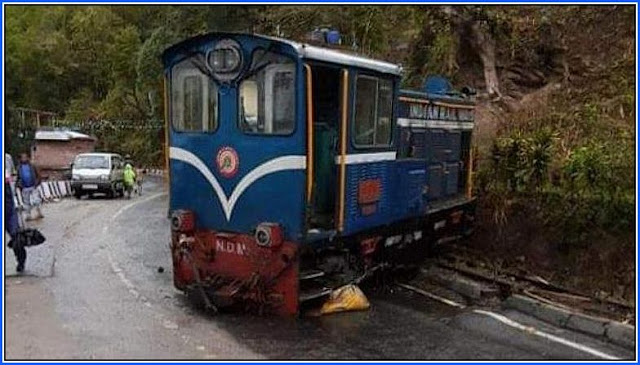 Darjeeling Toy train engine derailed near in Kurseong