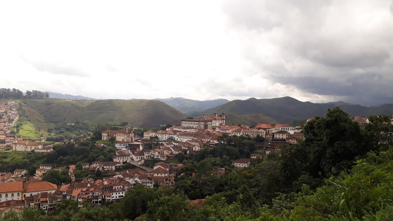 Vista para a cidade de Ouro Preto a partir da Mureta da Rua Conselheiro Quintiliano Maciel