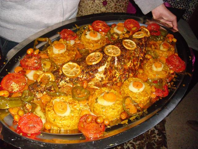 عراضة مغربية،سمك في الفرن،سمك بالخضر في الفرن