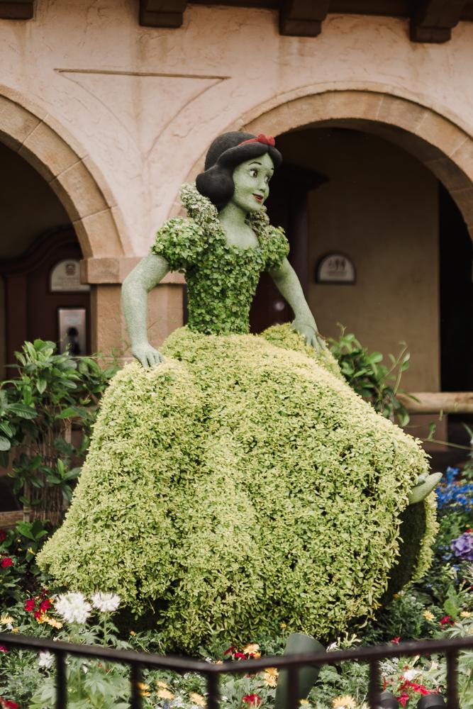 EPCOT flower and garden, Walt Disney World, Disney World, Disney photography, Walt Disney World photography, nc blogger, nc photographer, nc wedding photographer