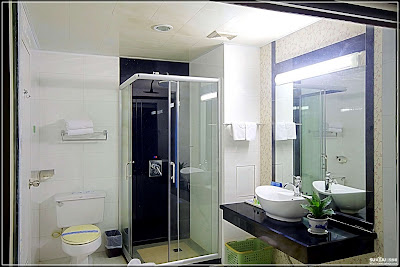 60 desain kamar mandi shower minimalis tanpa bathtub