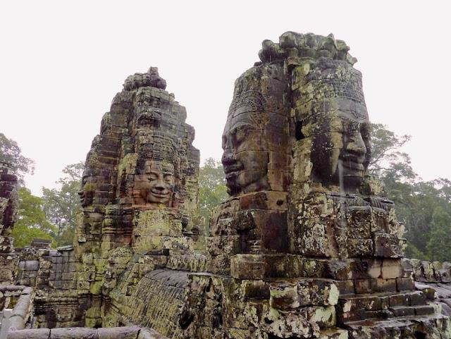 Bayon-Angkor-Torres-Camboya