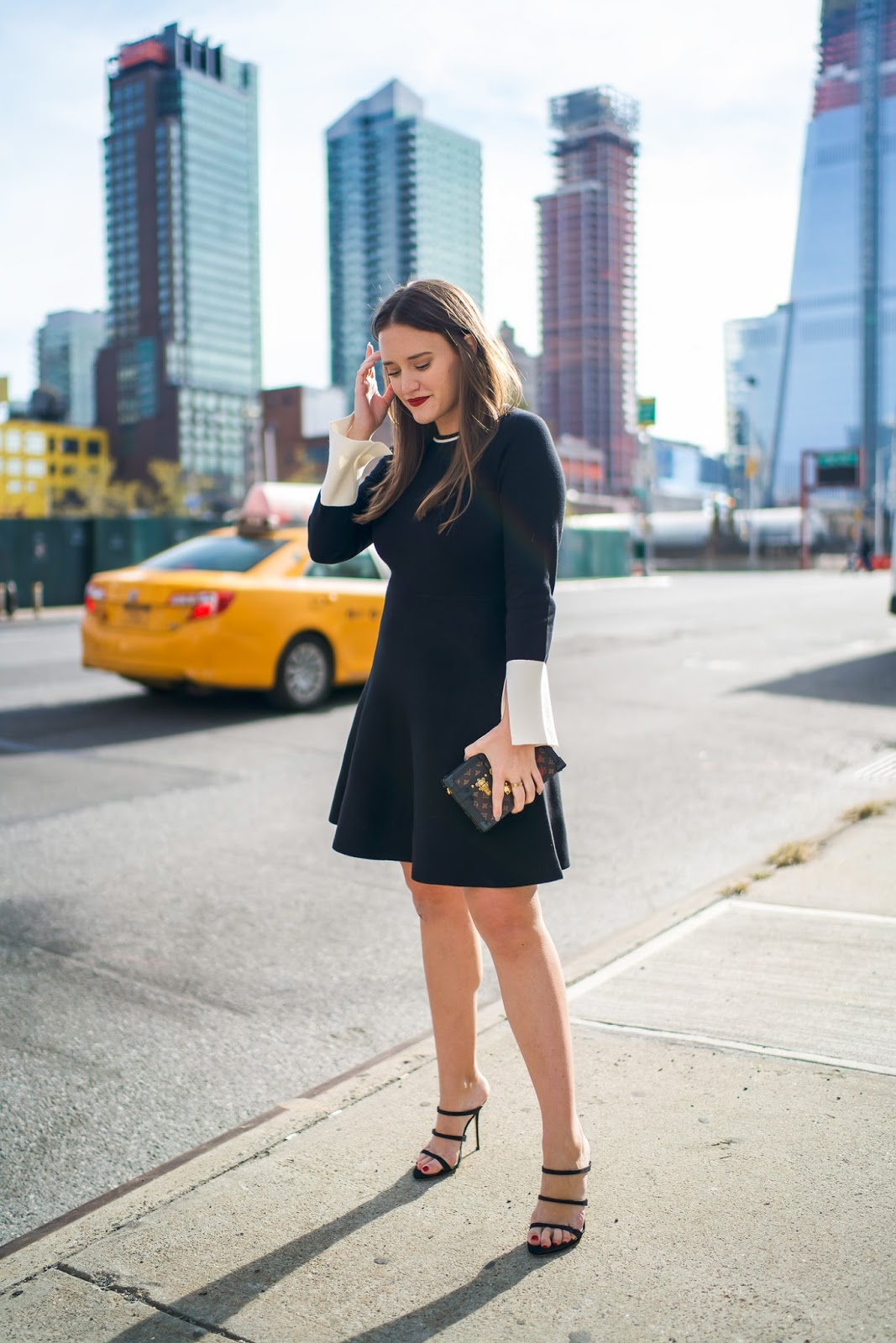 http://www.coveringbases.com/2017/11/vince-Camuto-holiday-workwear.html