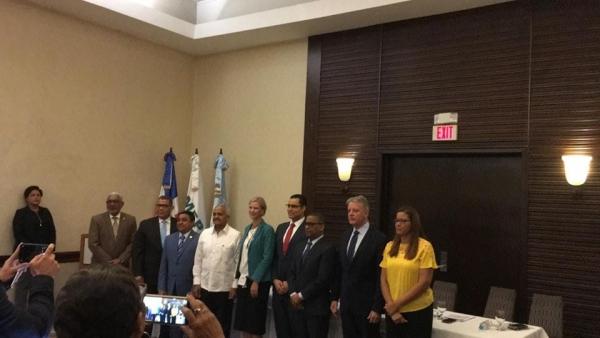 INAPA y organismos internacionales firman acta Mesa de Recuperación Post Desastre