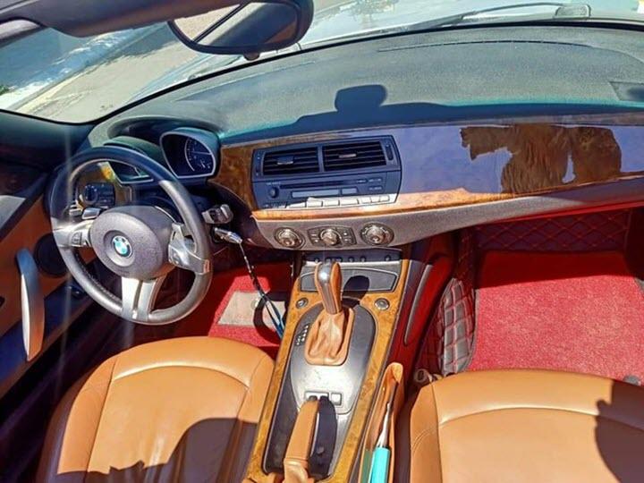 BMW Z4 đời 2006 - xe 'dân chơi' giá hơn 700 triệu đồng