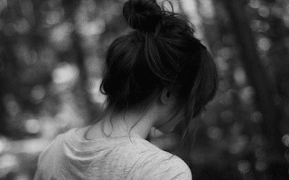 puisi cinta sedih pendek