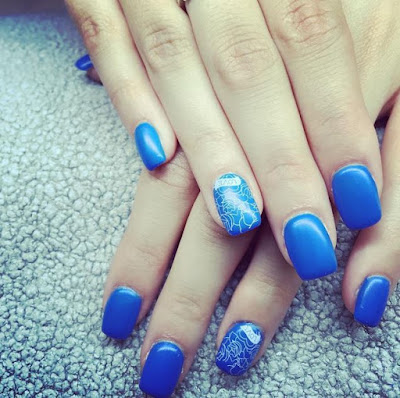 Blue Printed Nail Art