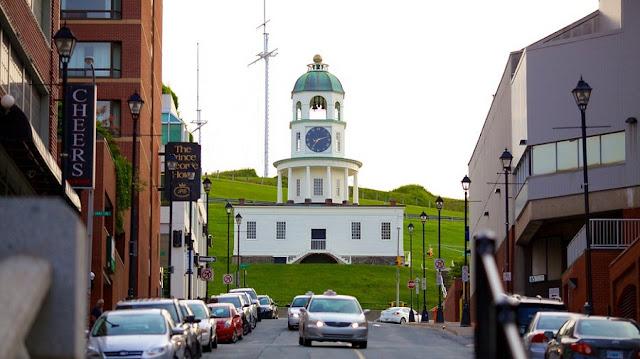 Como andar em Halifax de carro