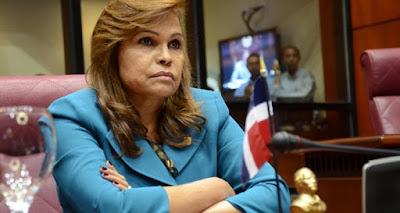 """SONIA MATEO """"Yo no tengo cinco pesos en un banco dominicano"""