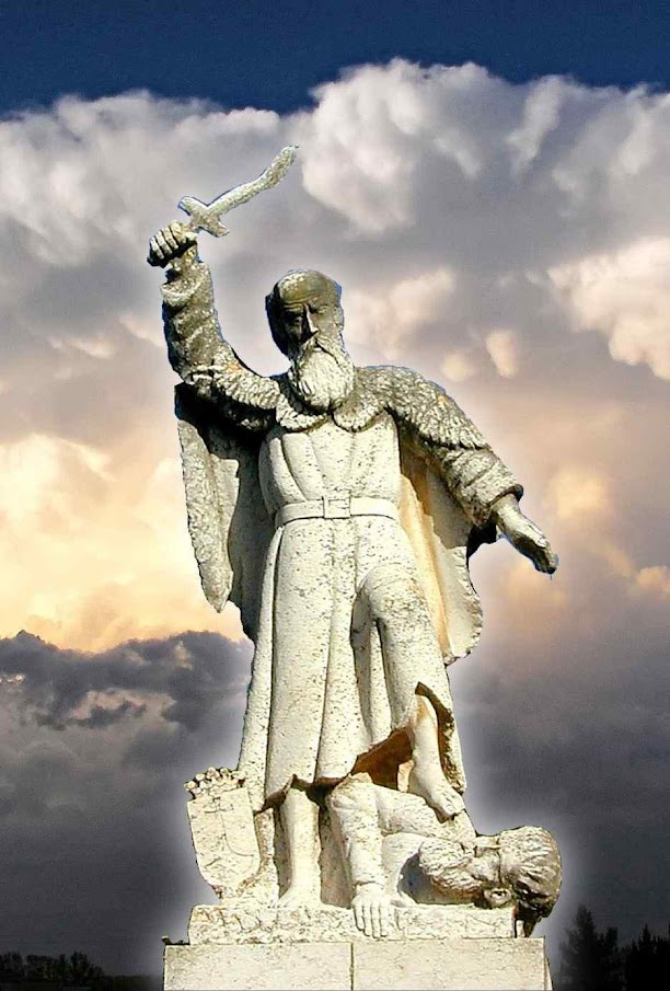 Mosteiro de Santo Elias no Monte Carmelo, Terra Santa. Estatua no local onde exterminou os profetas de Baal