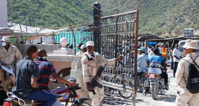 Liberan cuatro dominicanos que estaban presos en Haití