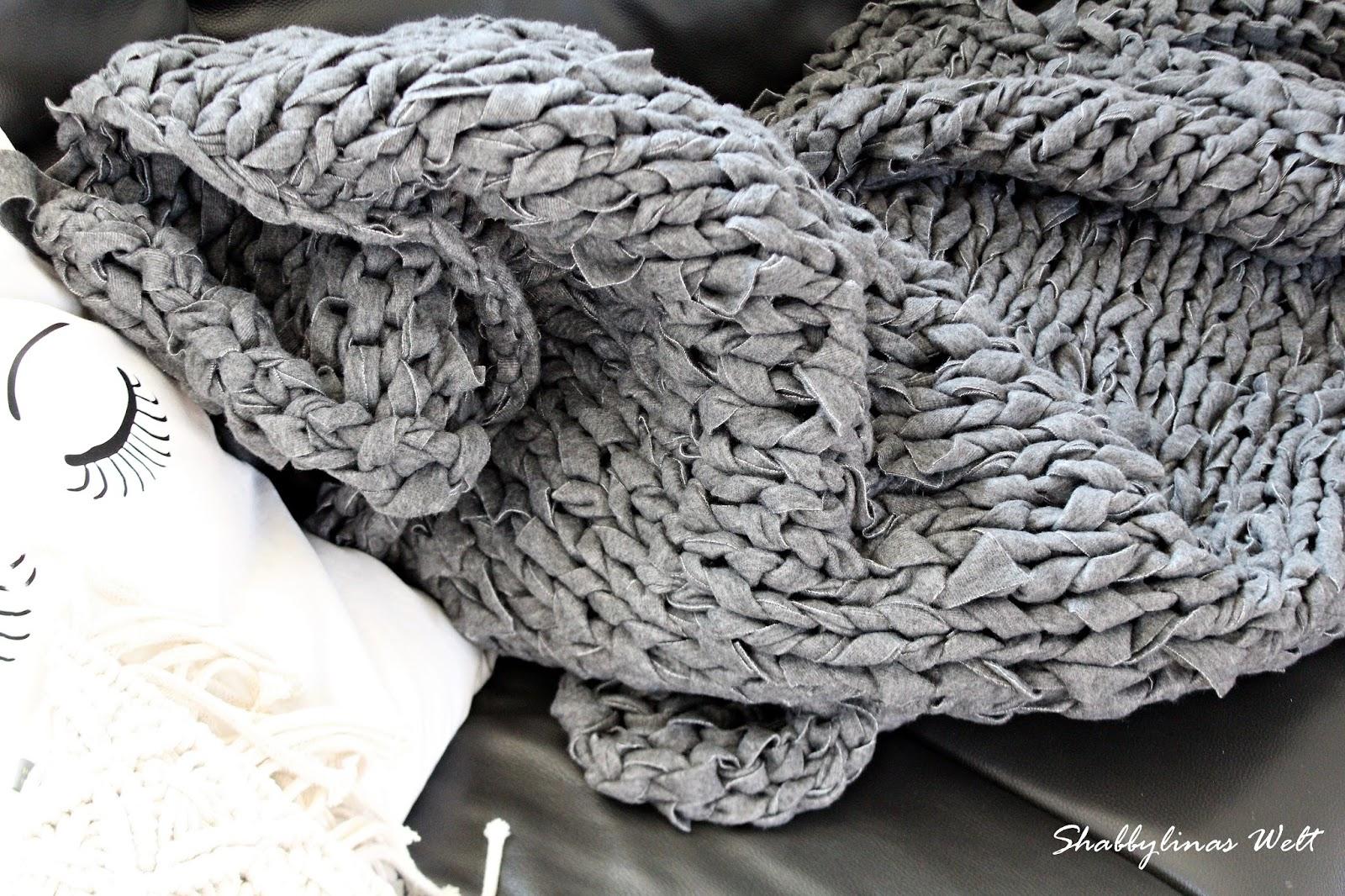 Shabbylinas Welt .....wie es mir gefällt: Chunky Knit - XXL Decke ...