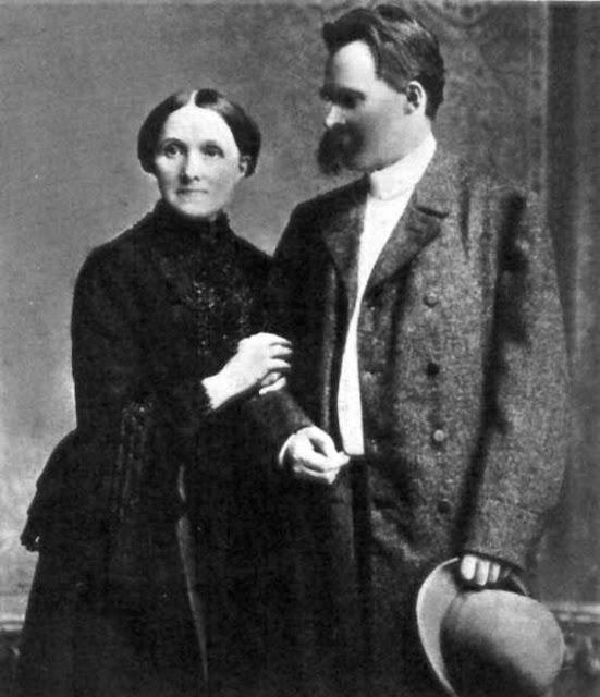 Redención de Elizabeth Förster-Nietzsche