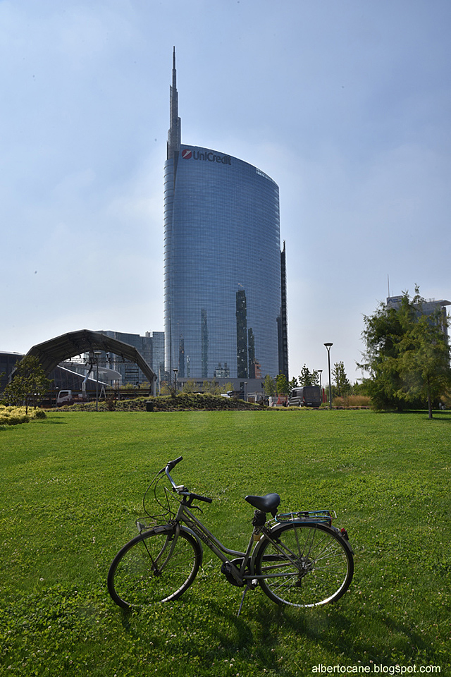Mialno torre Unicredit