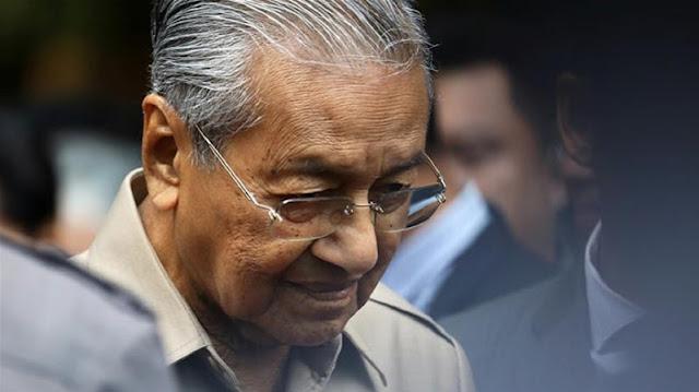 Mantan PM Malaysia Mahathir Mohamad Dipecat oleh Partainya Sendiri