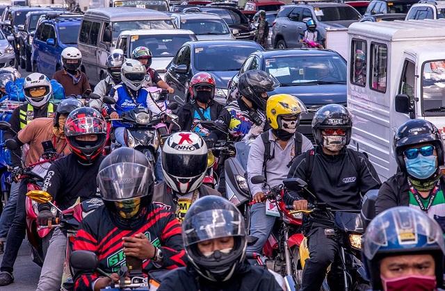 traffic in metro manila after lockdown