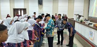 Walikota Jambi Mengukuhkan Forum Anak Daerah Bumi Angso Duo Kota Jambi Massa Bhakti 2019 - 2022