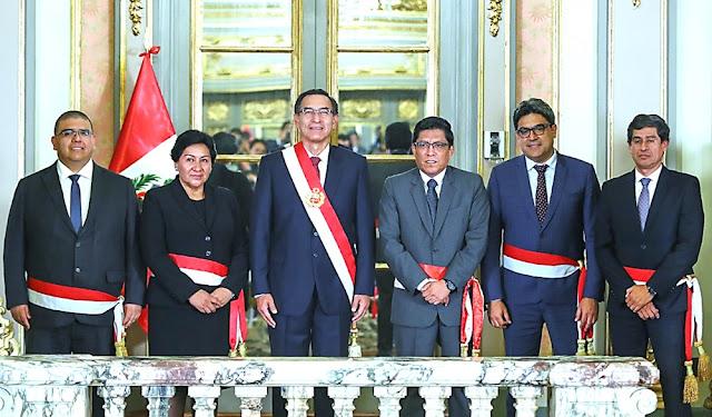 Martín Vizcarra tomó juramento a cuatro nuevos ministros