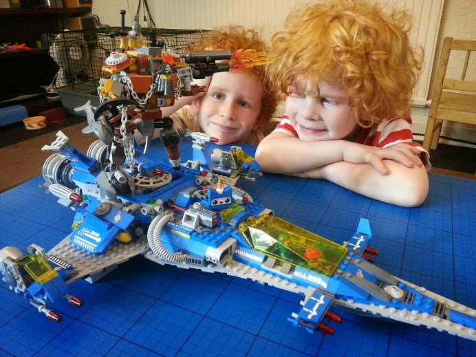 Benny's Spaceship, Spaceship, SPACESHIP! The LEGO Movie model