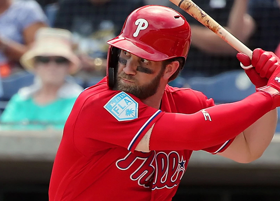 Bryce Harper makes debut in right for Phillies