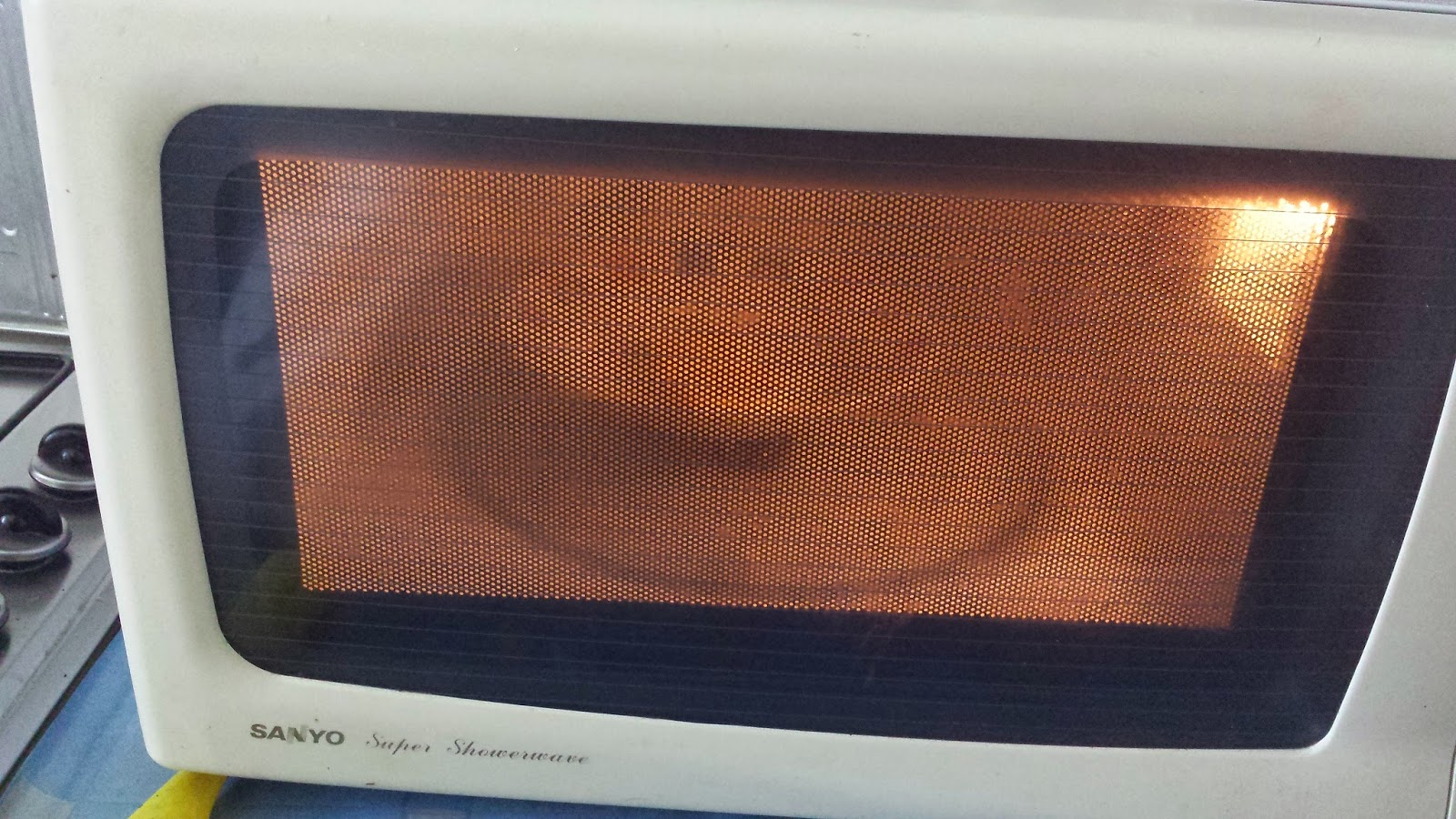 Beatrice S World Baking Kit Kat Pudding With A Microwave Oven