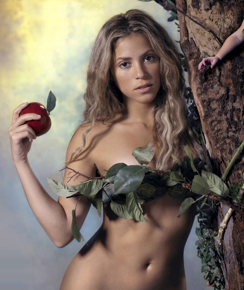 Angelica Costello Nude Photos