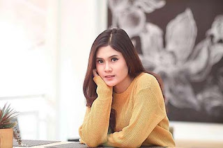 Gita Arifin Pratiwi pemeran Jeni di Fatih di Kampung Jawara