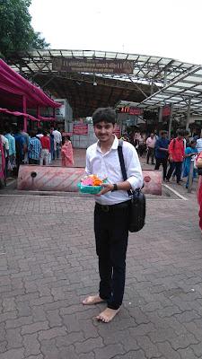 A visit to Siddhivinayak Temple, Mumbai - Rishabh Datta