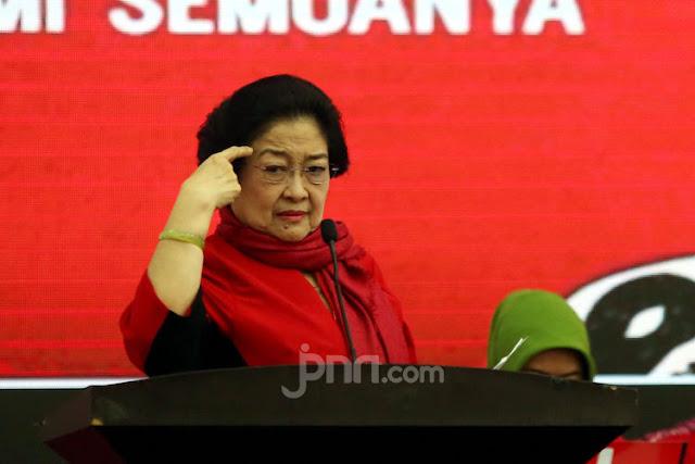 Bendera PDIP Dibakar, Megawati Keluarkan Instruksi Untuk Seluruh Kader, Berikut Ini Perintahnya