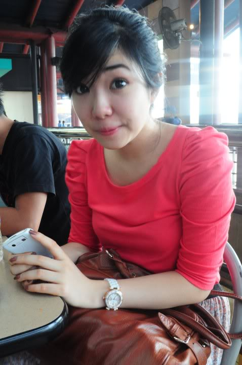 TIRTO ONLINE: 8 Foto Sexy Gisel Indonesia Idol
