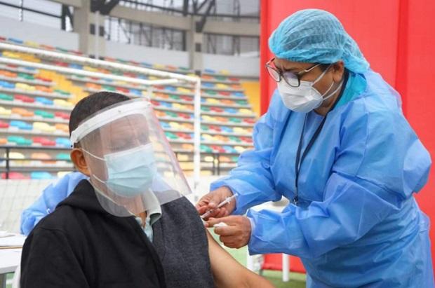 Minsa: desde hoy martes 8 vacunarán a personas de 60 a 62 años en Lima y Callao